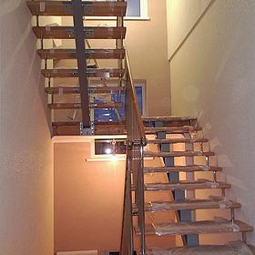П-образная лестница на второй этаж своими руками 91
